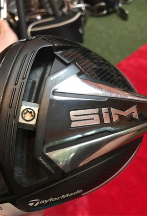 Left handed TaylorMade. Sims driver head. Golf clubs for Sale in Tacoma, WA