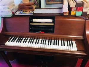 Antique Self Playing Pino With Songs- Works Perfectly for Sale in Baltimore, MD
