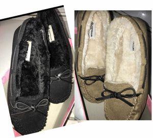 Shoes girls size 4 older moccasins bundle new for Sale in Redlands, CA
