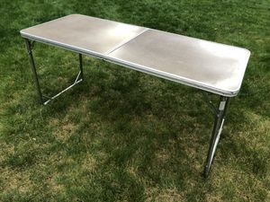 Coleman foldable camping table for Sale in Snohomish, WA