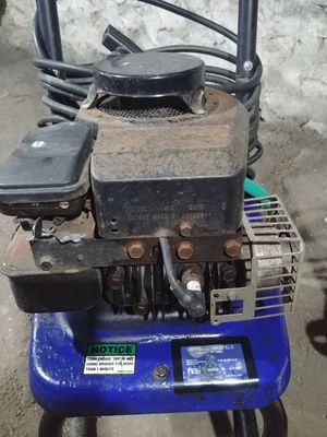 Campbell Hausfeld 1500 for Sale in Columbus, OH