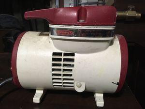 Vintage Thomas Ind. Diaphragm Sprayer model 600-12 for Sale in Tacoma, WA