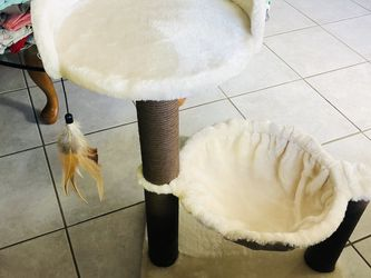 Cat Post for Sale in Fort Myers,  FL