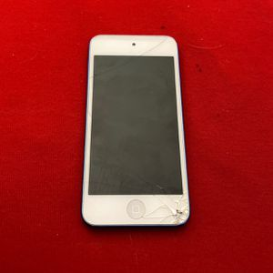 IPOD 6th Generation. Work Perfect. Minor Crack On Screen for Sale in Buffalo, NY