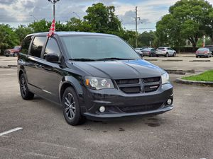 2018 DODGE GRAND CARAVAN GT for Sale in Miami, FL