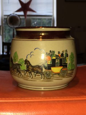 Gray's Pottery Hand Painted Pottery England, Tobacco Humidor, 1920's for Sale in Philadelphia, PA