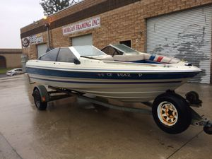 Bayliner boat with trailer for Sale in Rialto, CA