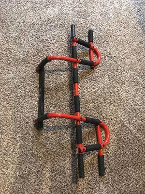 Door mount workout bar for Sale in Corona, CA