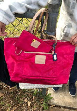 Pink Coach purse with wallet for Sale in Austin, TX