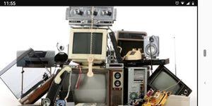 Old unwanted electronics for Sale in Sebring, FL