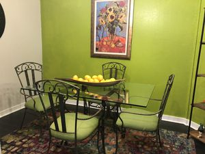 5 Piece Table & 4 chairs for Sale in Delray Beach, FL