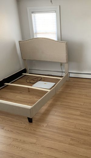 Queen bed frame for Sale in Hartford, CT