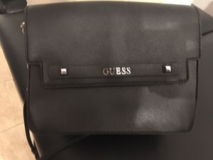 Guess purse for Sale in Ontario, CA