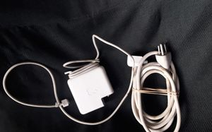 Authentic Apple Charger Cube and cables for Sale in Ventura, CA