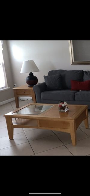 Coffee table set for Sale in Kissimmee, FL