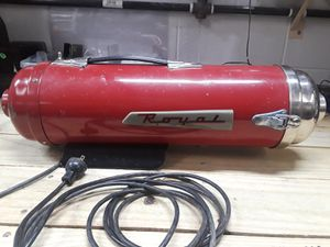 Royal Atomic vacuum for Sale in Severn, MD