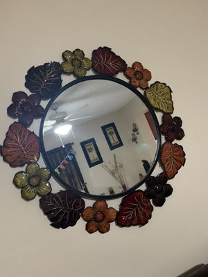 Espejo de metal mirror for Sale in Miami, FL
