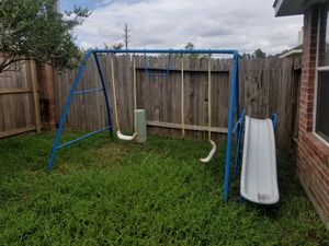 Swing set free come get it for Sale in Tomball, TX