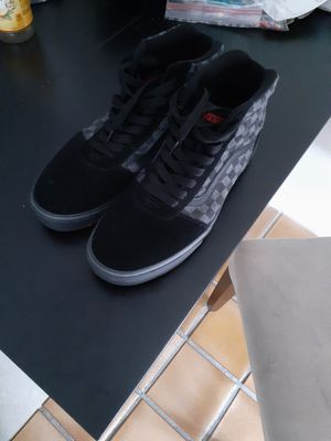 Size 12 high top vans used 2 times very good condition for Sale in Houston, TX