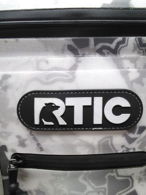 Rtic cooler for Sale in Montclair, CA