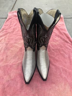 Cowboy boots sz8 for Sale in San Jose, CA