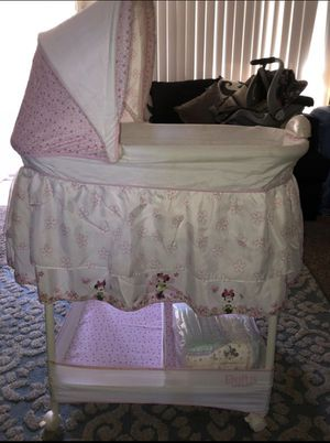 Baby Bassinet for Sale in La Mesa, CA
