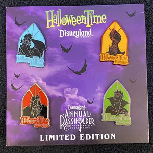 Disney Pin #189, LE (500), HalloweenTime, Disneyland Resort, Annual Passholder Commemorative Collection for Sale in San Diego, CA