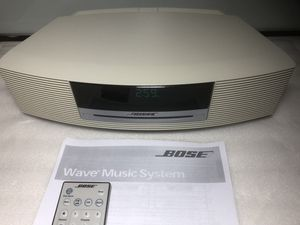 Bose Wave Music System Like New w/ remote for Sale in Boca Raton, FL