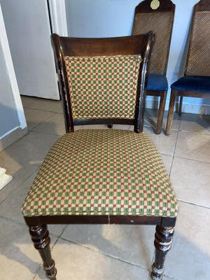 Chair for Sale in Mineola, TX