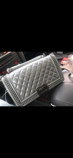 Gray Chanel bag for Sale in Tracy, CA