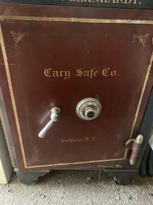 Antique safe for Sale in Holy Cross, IA