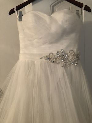 Wedding Dress Size 4 for Sale in East Point, GA
