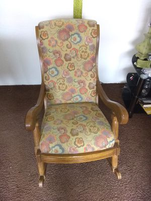 Lovely ,sturdy rocking chair.. if you're reading this I still have it. for Sale in Hoquiam, WA