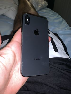 iPhone XS unlocked for Sale in Garden Grove, CA