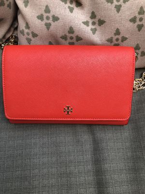 Tory Burch leather bag for Sale in Millstone, NJ