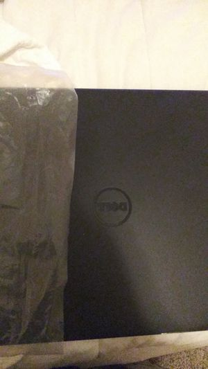 Labtop Dell with CD/DVD rom for Sale in Santa Rosa Beach, FL