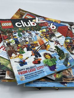 Club LEGO Magazines Lot Over 25 Magazines Total for Sale in King of Prussia,  PA