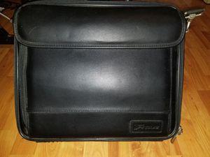 Targus leather laptop bag for Sale in Marysville, WA