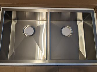Double Basin Stainless Steel Sink for Sale in Long Beach,  CA