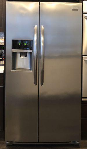 Frigidaire Refrigerator for Sale in Seattle, WA