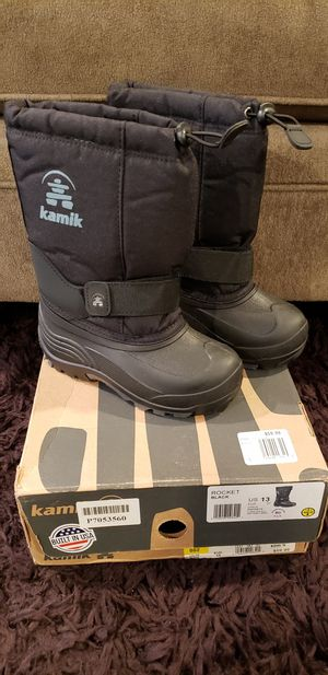 New kamik snow boots (Size 13 kids) for Sale in Lincoln Acres, CA