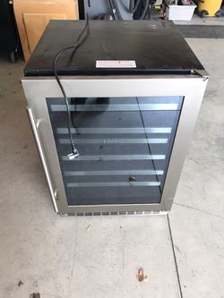 Danby Wine Cooler Duel Zone  for Sale in Liberty Lake, WA