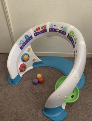 Fisher Price Bright Beats Smart Touch Play Space for Sale in Fresno, CA