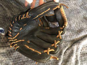 """Mizuno Baseball Glove 11.75"""" for Sale in Carrollton, GA"""