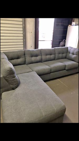 Grey Sectional Couch for Sale in Dallas, TX