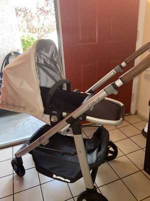 Uppbaby Cruz 2019 baby stroller. New excellent condition open box never used for Sale in Las Vegas, NV
