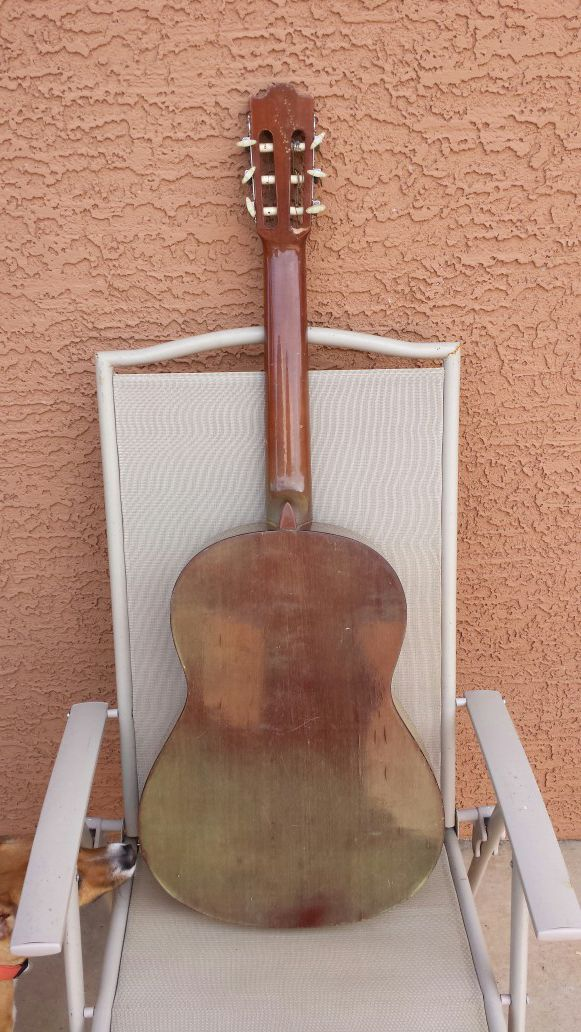 Vintage Yamaha G-231 Classical Acoustic Guitar