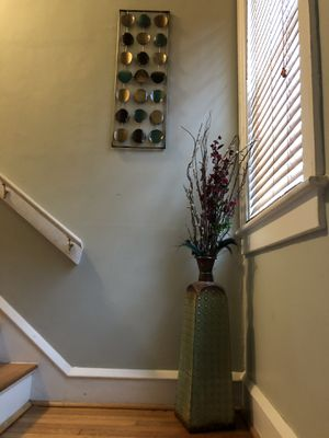 Home Decor Picture and vase with flowers for Sale in Newport News, VA