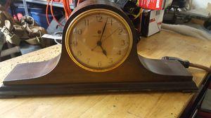 Antique clock for Sale in Apollo Beach, FL