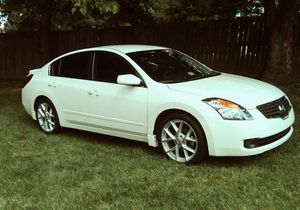 Oil changed 2007 Nissan Altima Clean good for Sale in Springfield, MA